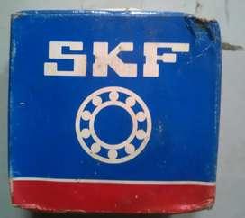 Agular contacts ball bearing 7305 BECBP SKF