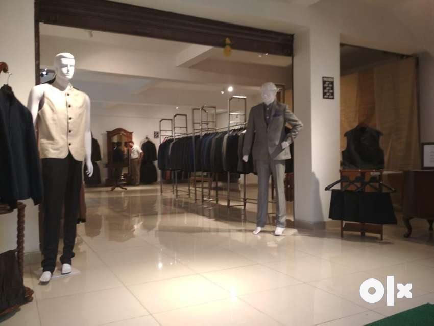 Experienced salesboy for garments store in una 0