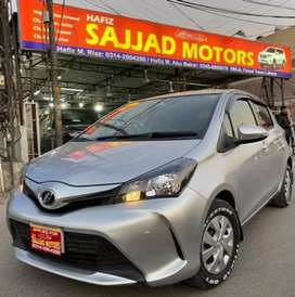 Toyota Vitz F 1.0 Model 2015 Islamabad Register