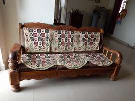 Teak wood 3+1+1 seater sofa in good condition