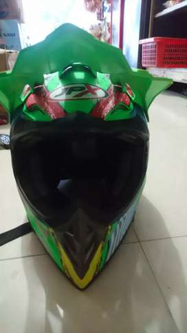 Helm JPX Seven Days