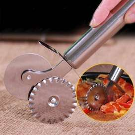 Double Roller Pizza Knife Cutter