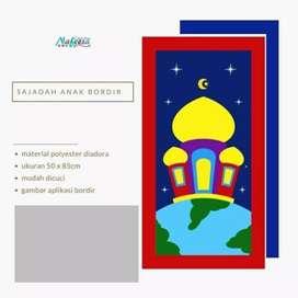 Nafeesa Sajadah Anak (Planet-2)