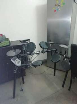 Alesis electric drum DM7