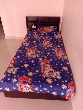 Bed single 6*3