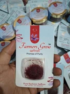 100% pure kashmiri Saffron and dry fruits available