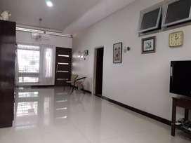 Dijual dan Disewakan Rumah nol Jalan Raya Ngagel Madya