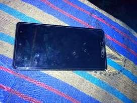 Not 4 4 64 ram  me hai tuch crack hai thodi phone very good working