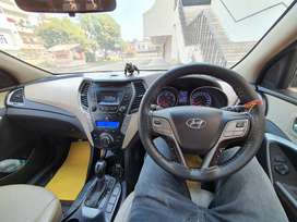Hyundai luxury santa fee 7 sitter