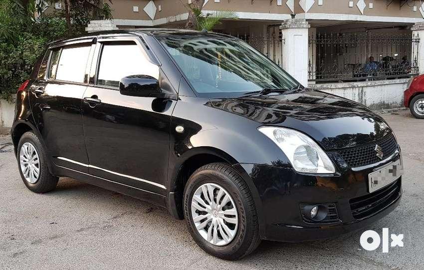 Maruti Suzuki Swift VXi, 2009, Petrol 0