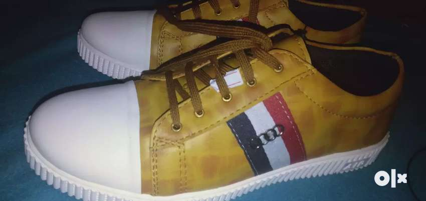 New shoe urgent sale 0