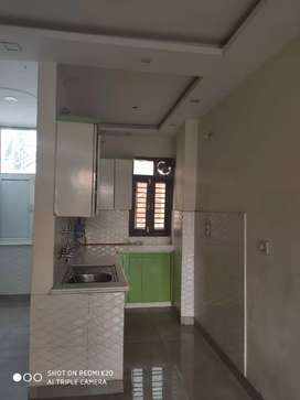 2BHK floor ready for rent, Gated community, Prime location
