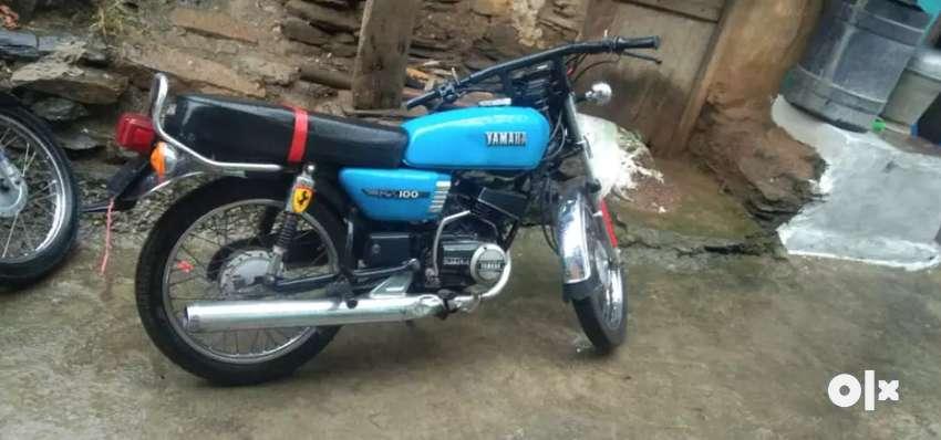 Yamaha rx 100 0