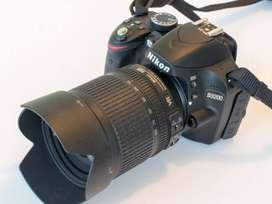 D3200 with 18-105 mm lens