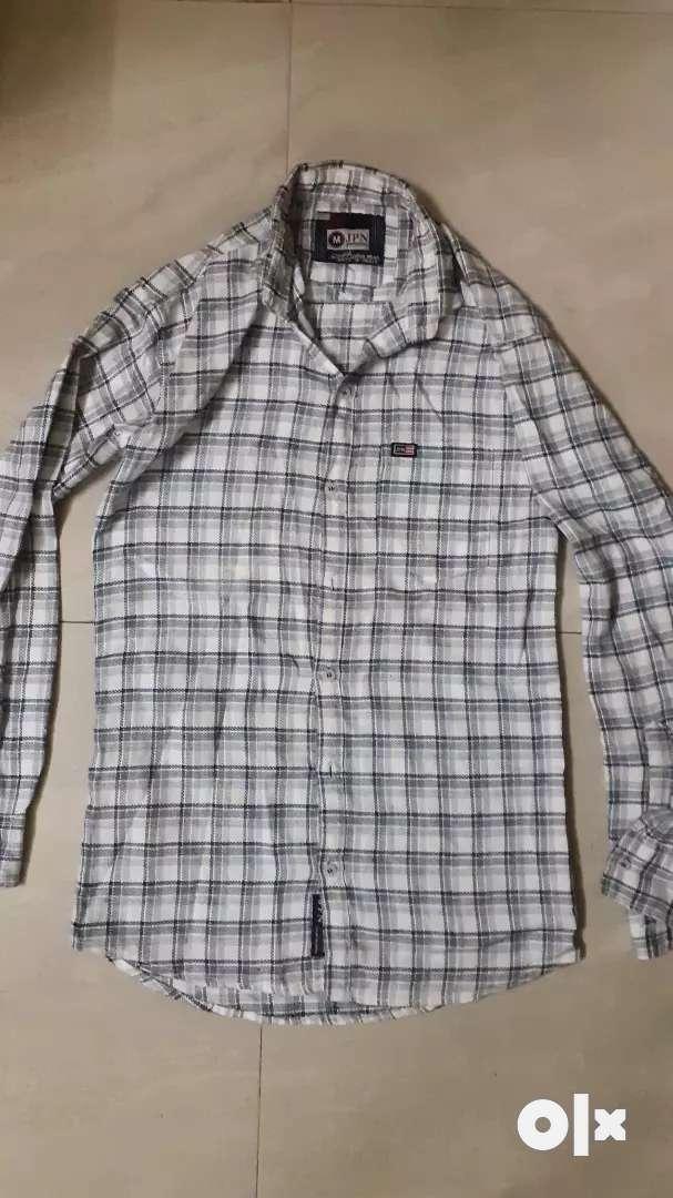 A stylish yet formal shirt!! 0
