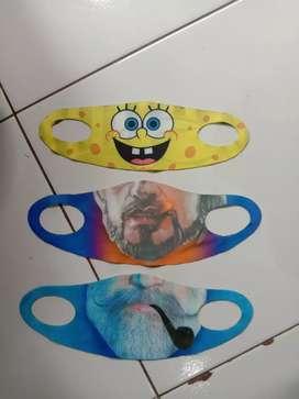 Masker karakter lucu