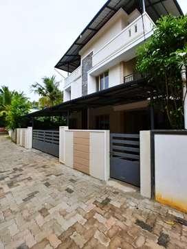 House for rent available near Nadakkavu thripunithura Ernakulam distt