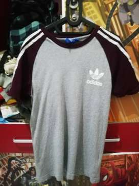 Kaos classic  Adidas Originals ori