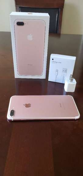 iPhones are available in new condition cash on delivary available