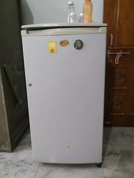 LG Fridge in working condition
