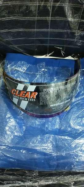 Kaca Helm BMC masih belum buka plastik