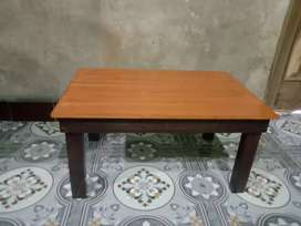 Meja kecil multifungsi utk tempat laptop/notebook/belajar/mewarna/TPA