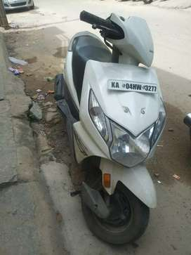 Honda dio in good condition with all docume5thnts of a scooter