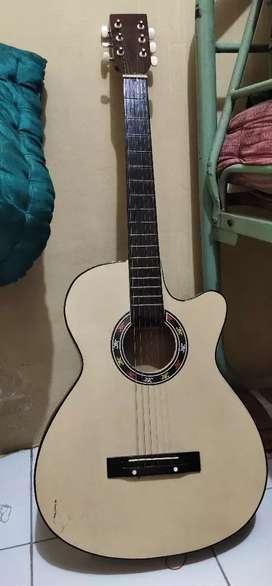 Jual Gitar buat yg masih belajar