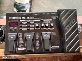 Boss ME-25 Guitar Processor