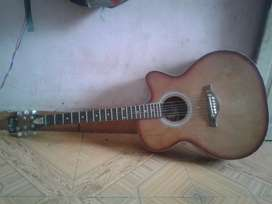 Beutifull Gitaar for sell in cheapest price 3दिनमे कोल करने पर DISCONT