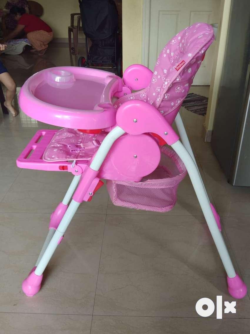 high chair, baby hug brand 0