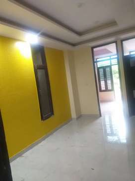 2 bhk ready to move flate matr 51000 dekar book kare
