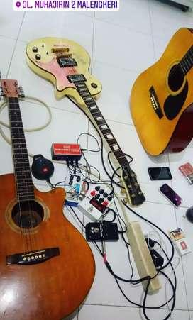 Dijual Gitar Elektrik bonus Delay + Pedal Tuner NuX