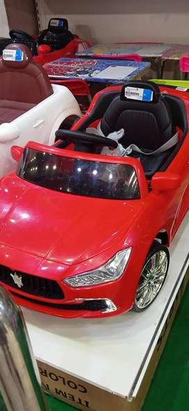 KIDS MERCEDES BATTERY CAR