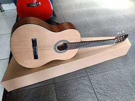 Gitar  Akustik r Sempurna