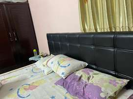 Bedset with three door wardrobe and dressing table