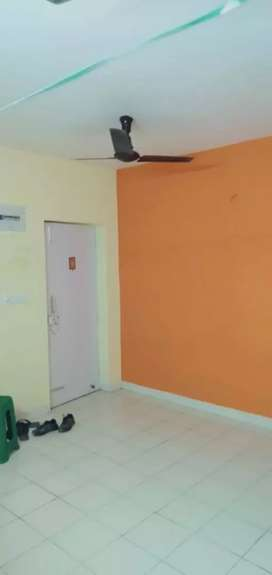 2 bedroom South phasing flat with coverd parking for sale in shapoorji