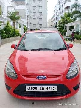 Ford Figo 2010-2012 Petrol ZXI, 2010, Petrol