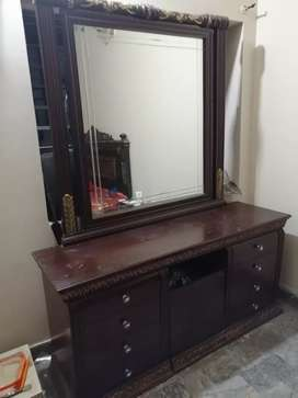 Solid pure sheesham wood dressing table
