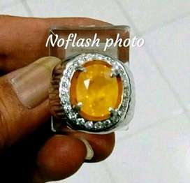 Natural Yellow Sapphire 5.46 Ct Natural Color/Heat Only Thailand Memo