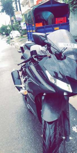 Brand new R15 3.0 . First owner