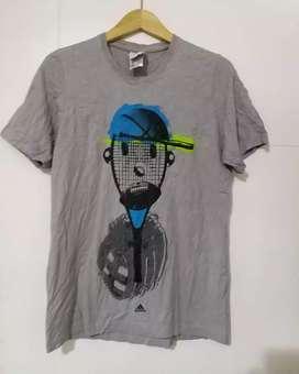 Kaos Adidas Made in turkey Original S Besar preloved