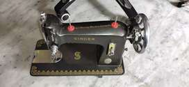Singer sewing Machine ( Only Head)