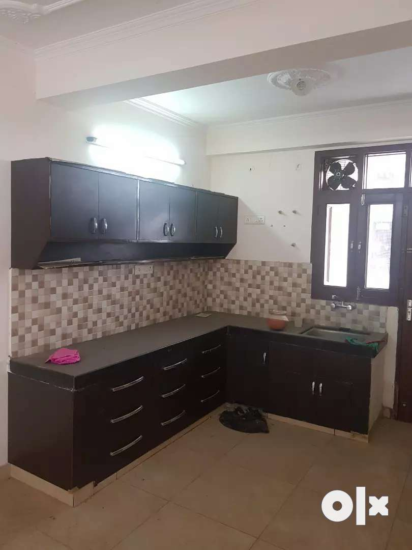 Silver Crown flat 3 bhk for Service Class Family Front facing 0
