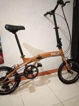 Sepeda lipat ukuran 16'
