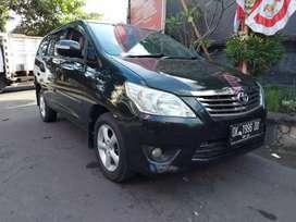Kijang innova 2012 G manual bensin