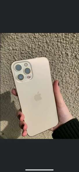 Apple Iphone available all new models with accessories call me