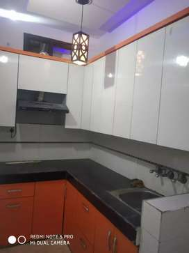 1bhk floor in uttam nagar near Metro Station