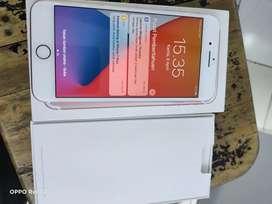 Dijual iPhone 7+ 128gb lengkap msh mulus