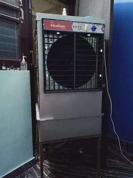 Cooler iron body